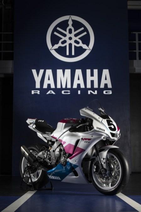 2020_YAM_YZF1000R1_EU_Piro_STA_001_preview