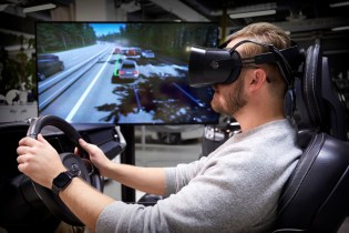 275033_Volvo_Cars_ultimate_driving_simulator_uses_latest_gaming_technology_to