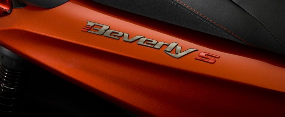 07-piaggio-beverly-400-hpe-s