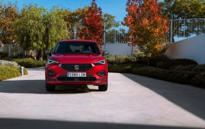 SEAT-electrifies-its-large-SUV-as-the-Tarraco-e-HYBRID-enters-production_03_HQ