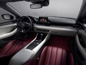 2020_100thSV_STD10_EU_LHD_Mazda6_SDN_Int_Fr