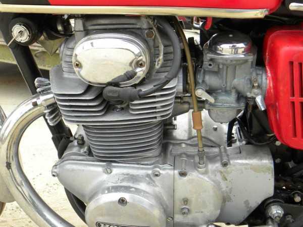 Prijzen: 250- en 350 cc Honda OHC types
