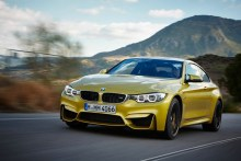 """© BMW AG 12/2013 / The all-new BMW M4 Coupé, Austin Yellow Metallic. 19"""" M Light Alloy Wheels Double-Spoke Style 437 M, Jet Black, Forged and Polished, M Carbon Ceramic Brake"""