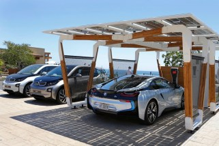© BMW Group / BMW Group DesignworksUSA entwickelt Solar-Carport Concept