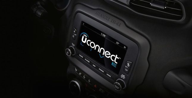 © FCA / Jeep Renegade Uconnect Infotainment-System