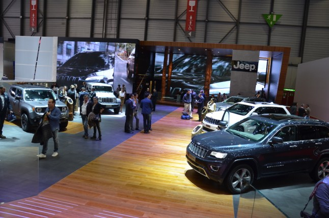 © MotorNews kw / 85. Auto-Salon Genf 2015 / JEEP Messestand
