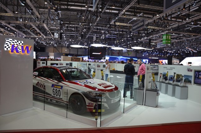 © MotorNews kw / 85. Auto-Salon Genf 2015 / KW Automotive Messestand