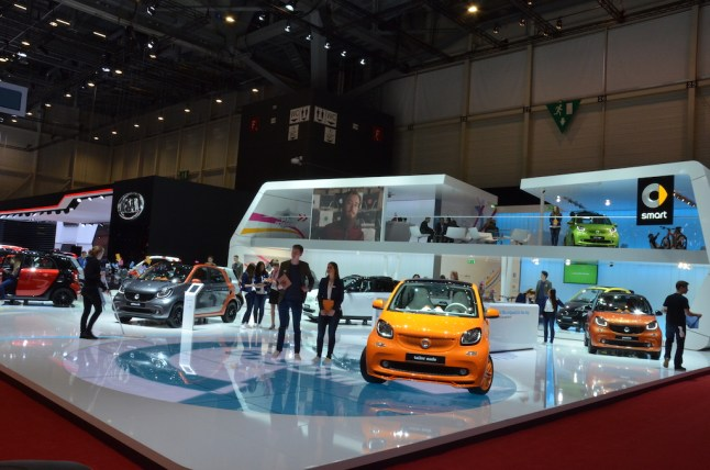 © MotorNews kw / 85. Auto-Salon Genf 2015 / Smart Messestand