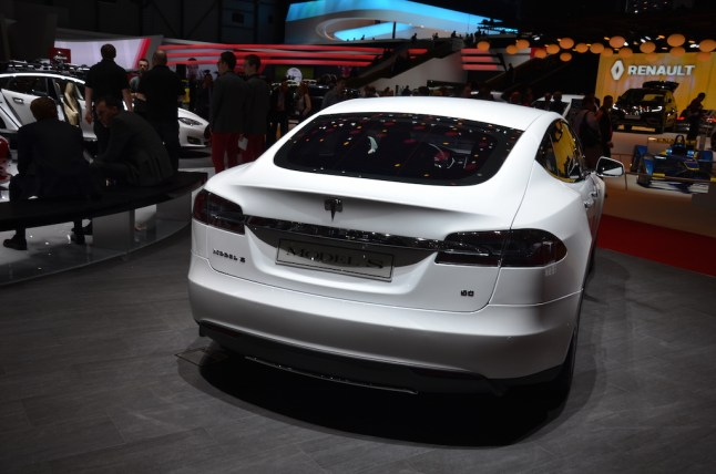 © MotorNews kw / 85. Auto-Salon Genf 2015 / Tesla Model S 60