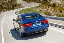 © Jaguar Land Rover Ltd / Der neue Jaguar XE Bluefire
