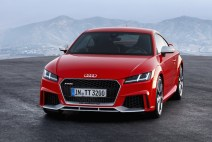 © Audi / Audi TT RS Coupé / Colour: Catalunya Red