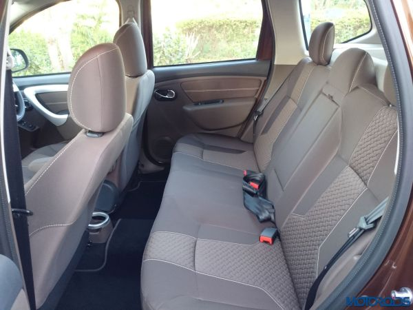 New 2016 Renault Duster rear seat (65)