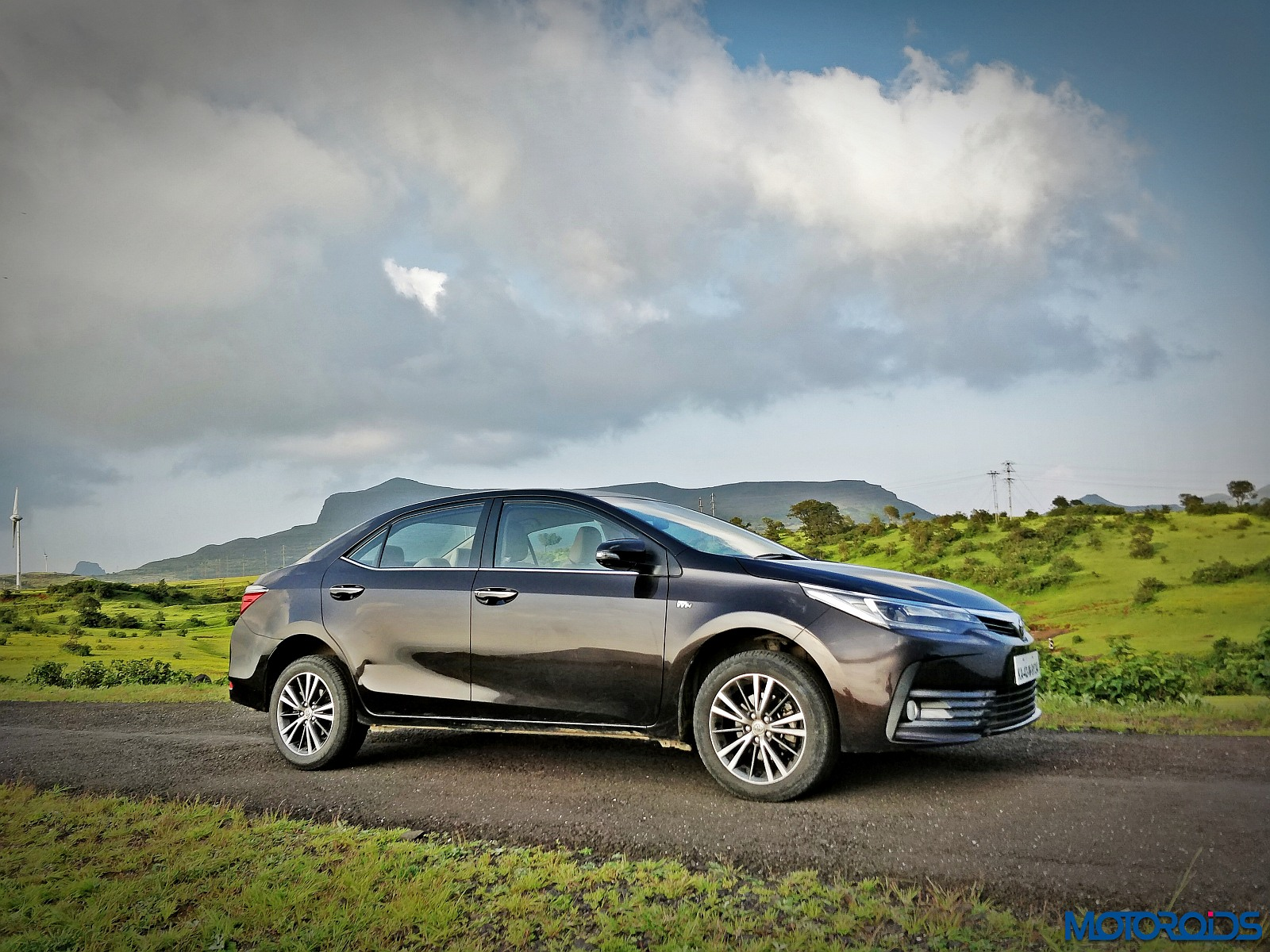 new corolla altis on road price vs honda civic 2017 toyota facelift india review