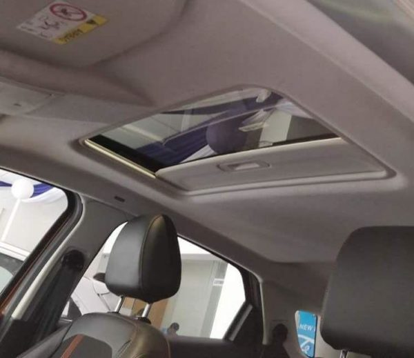 Ford EcoSport Titanium S Spied With Sunroof And Six-Speed MT