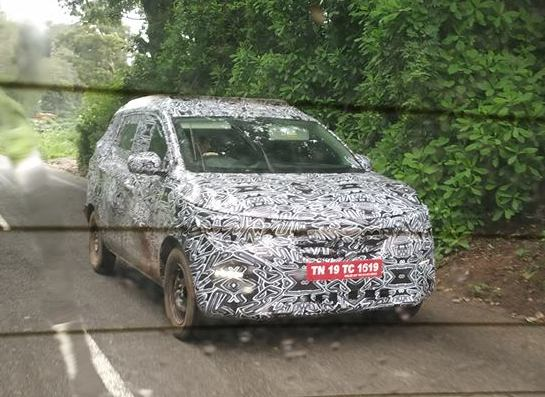 New Renault compact MPV spied testing in India