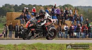 Johan Fredriks gewann je ein OPEN- und ein IRRC-Superbike-Rennen.