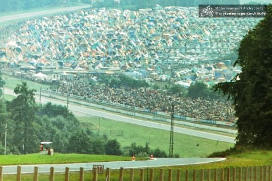 Ein Blick auf den Campingplatz an der Seng in Schleiz im Jahre 1982 (SLD1982-S-18)
