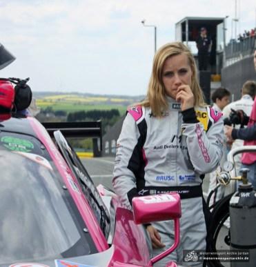 Mikaela Ahlin-Kottulinsky, die Enkelin des Grafen Freddy Kottulinsky, gab im Audi R8 ihr Sachsenring-Debüt.