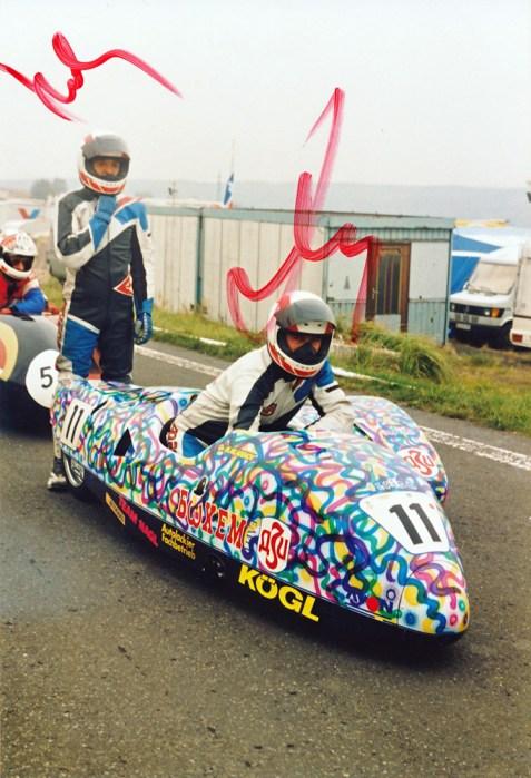 Sachsenringrennen Most 1992, #11 Milcho Mladenov aus Bulgarien, aber wer ist der Beifahrer?