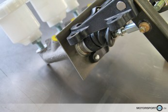 BMW-M3-E30_Pedal-Box_06