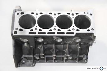 M3-E30-EVO-3_Motorblock_01
