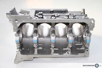 M3-E30-EVO-3_Motorblock_02