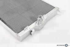 Hochwertige Verarbeitung S65 M3 E90 Rennsport Wasserkühler