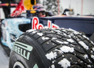Pirelli's studded snow tyres