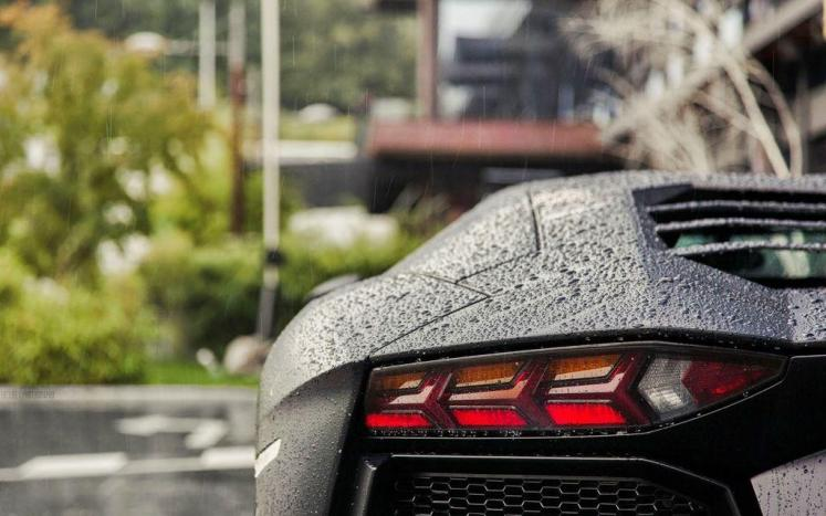 car-lamborghini-rear-water-drops-rain-hd-wallpaper