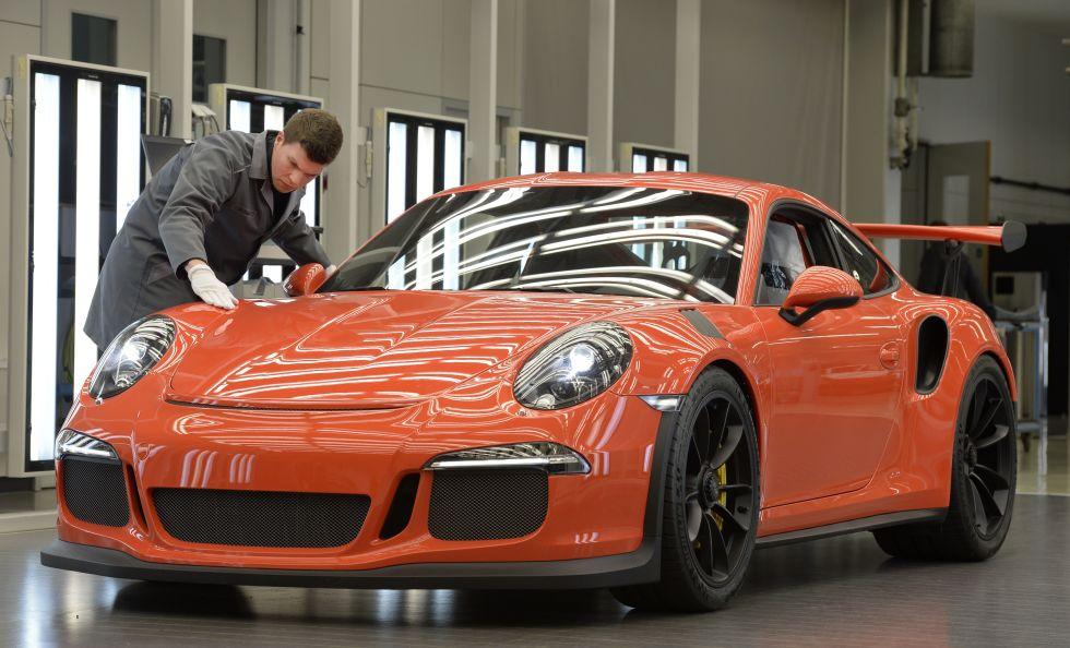 Funcionários da Porsche recebem bónus pelo segundo ano consecutivo.