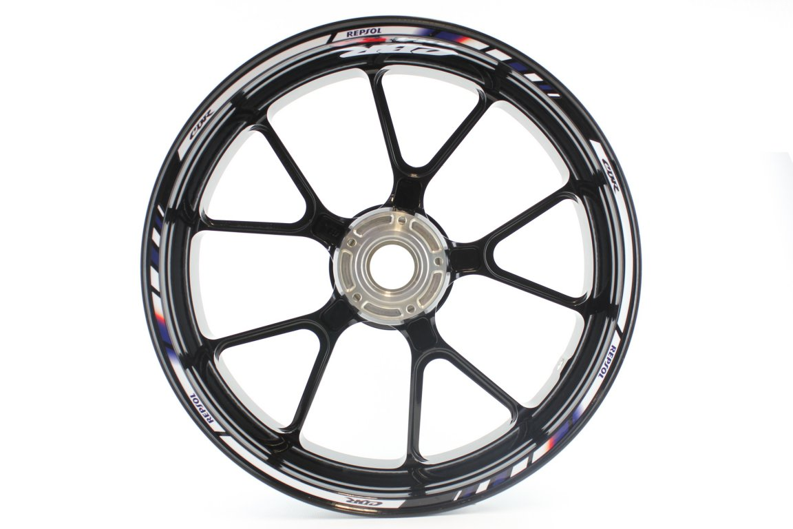Give your CBR 954RR a truly unique look with this set