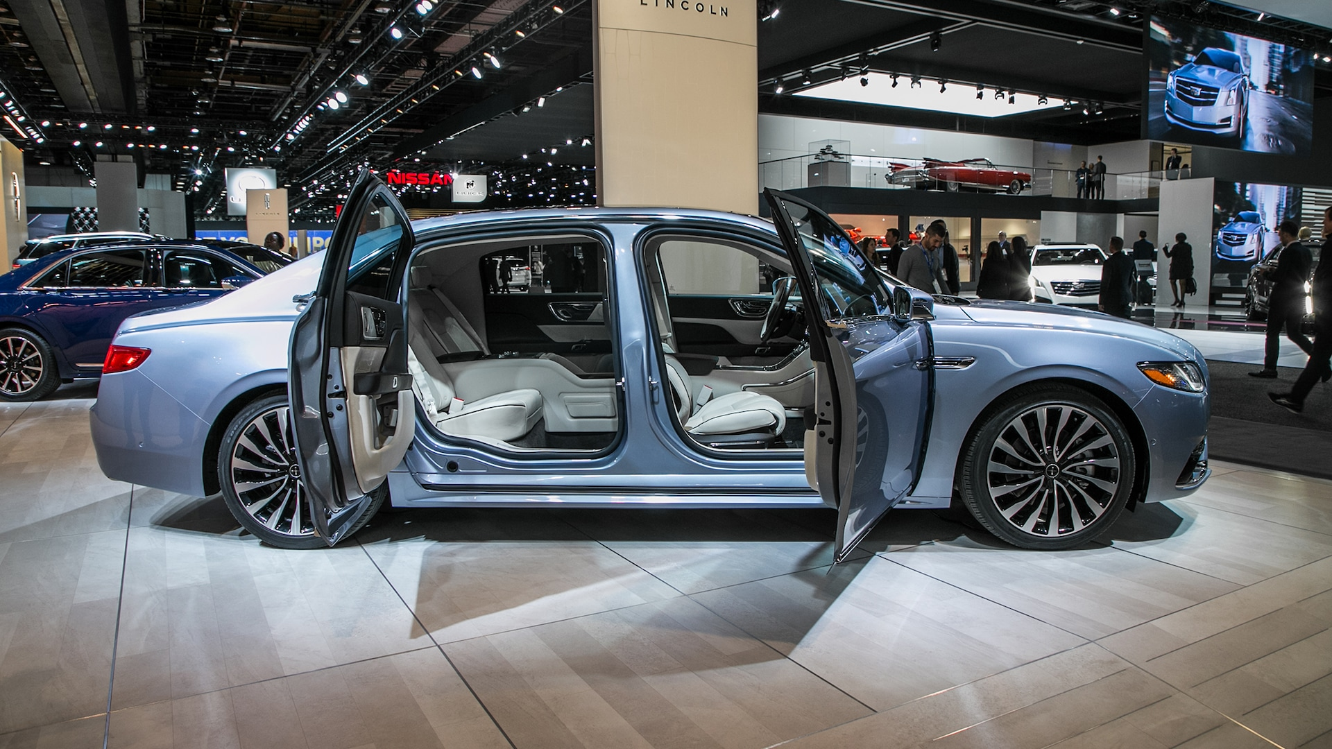 the lincoln continental coach