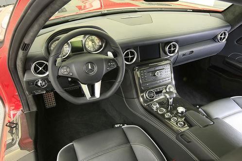 2010 Mercedes SLS AMG interior design mercedes sls design 3