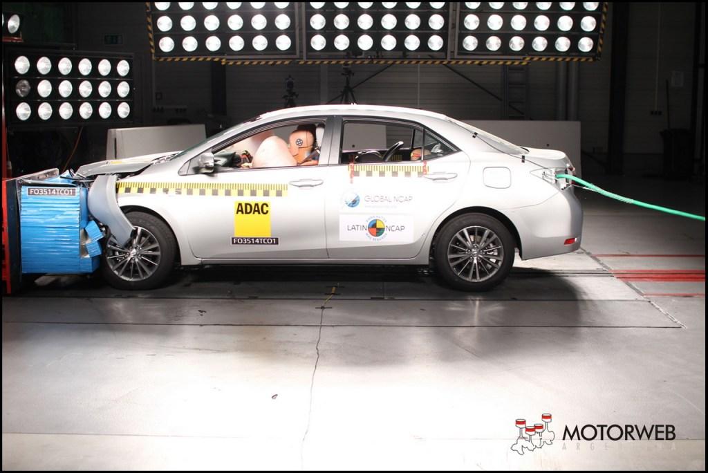2014 Toyota Corolla Latin NCAP 01