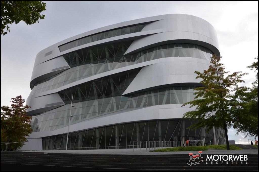 2015-09 Mercedes-Benz Museum Motorweb Argentina 002