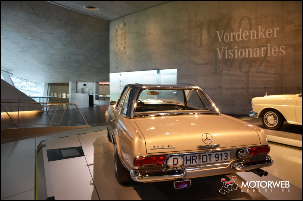 2015-09 Mercedes-Benz Museum Motorweb Argentina 318