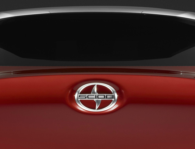 LAAS2015_Scion_Concept_Teaser_small