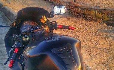 Red Grips on Honda CBR 1000RR