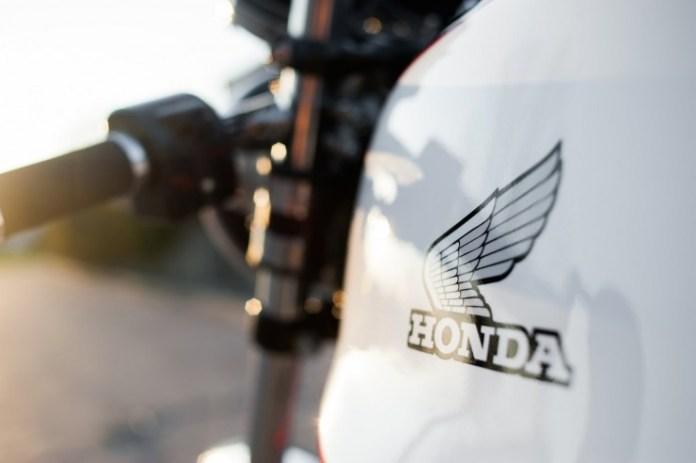 Honda-CB550-Cafe-Racer-5-740x492