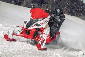 Motoslitte-Yamaha-my2022---Sidewinder-SXR
