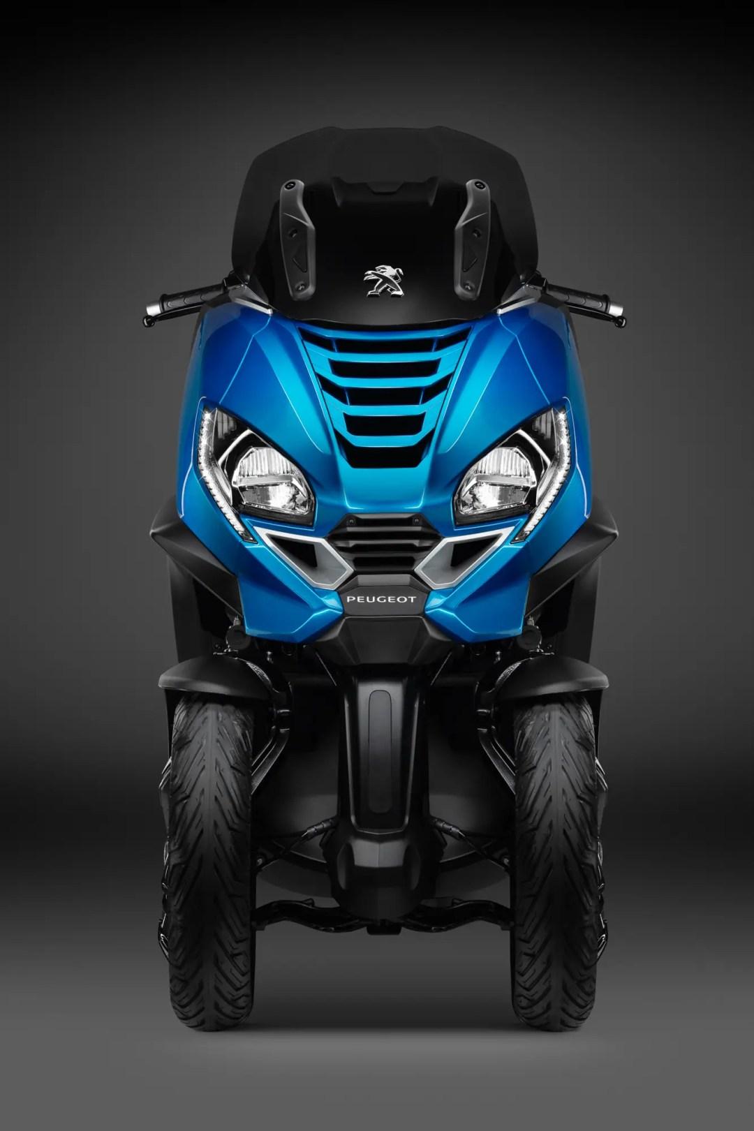 Vu avant Peugeot Métropolis 400 bleu turquoise 2021