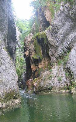 Les gorges du Guiers mort  60km  Moulin Piongo