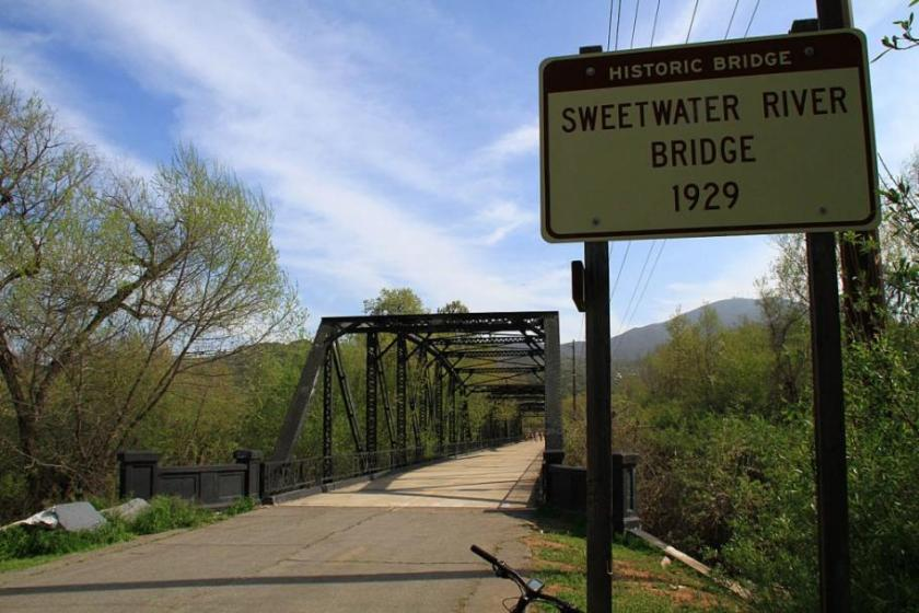SweetWater-18MAR13-12_small