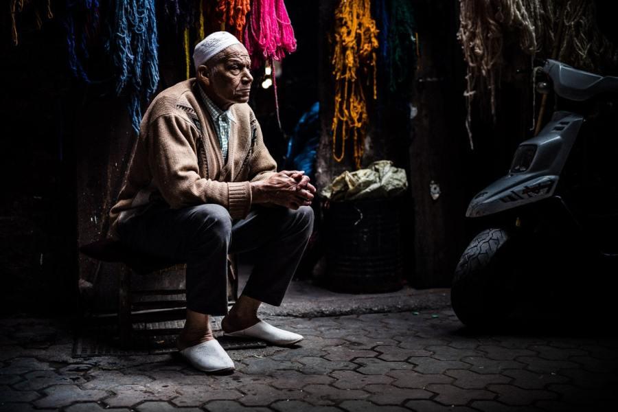 Mountain bike tour Morocco in photos - market seller