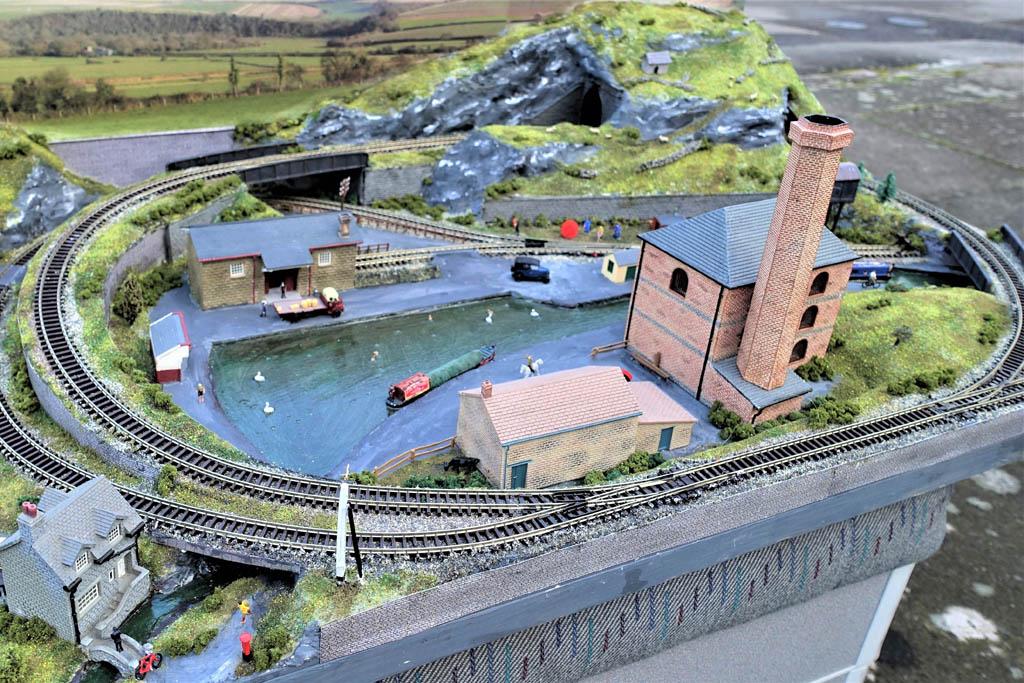 N gauge industrial layout 7