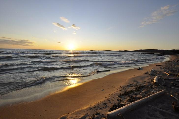 The Lake Superior shoreline, Pukaskwa National Park. Photo courtesy OTMPC.