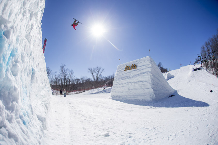 Kevin Konings on his way to the top of the podium at Mount Saint Louis' Downlow. RICHARD ROTH PHOTO