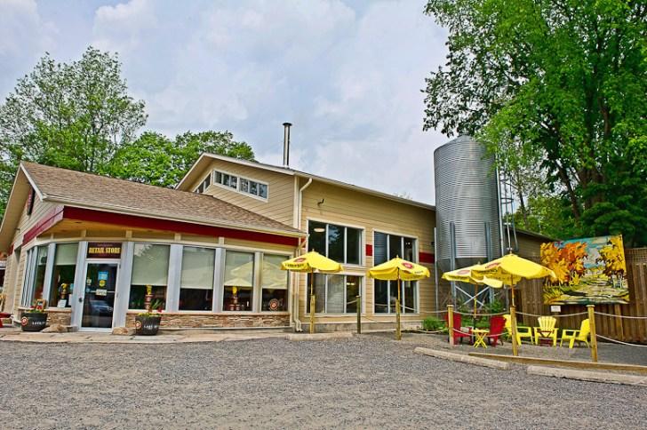 Lake of Bays brewery, Baysville, Ontario. Courtesy Lake of Bays Flickr.