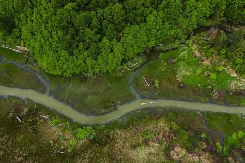 David Smart & Kevin Trotter. Squamish River tributary. Photo: Chris Christie
