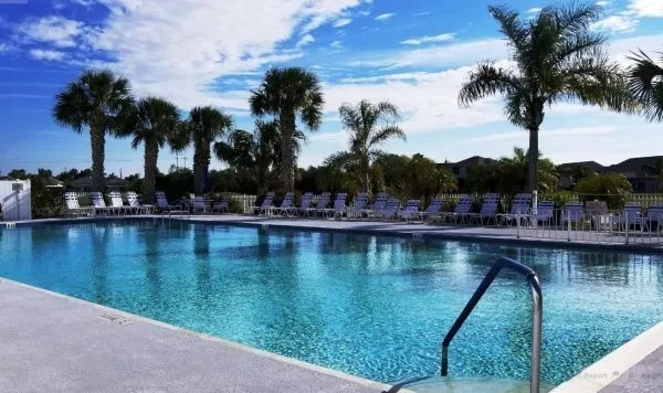 swimming pool at great outdoors rv park